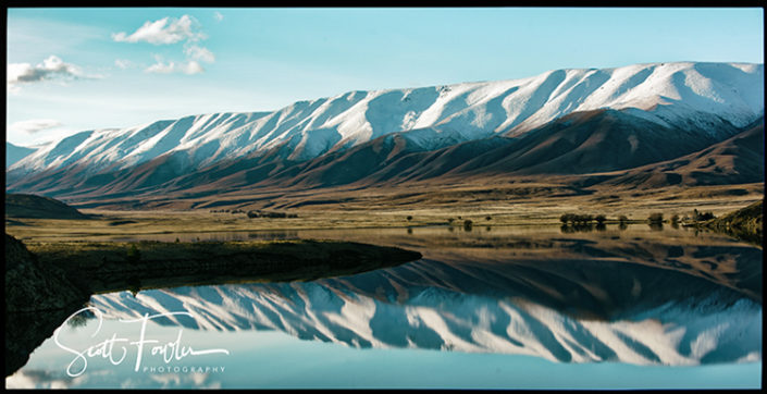 Hawkdun range reflection, photography by Scott Fowler